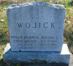 Amelia <i>Zawacki</i> Ennis Wojick