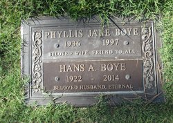 Phyllis J <i>Johnston</i> Boye