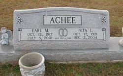 Earl M. Ach�e