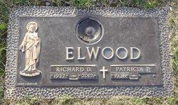 Richard Dawes Dick Elwood
