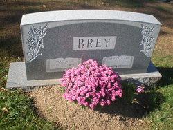 Bertha Mae <i>Moser</i> Brey