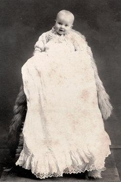 Helen <i>Mead</i> Garriott