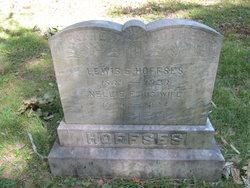 Lewis E Hoffses