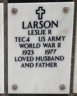 Leslie R Larson