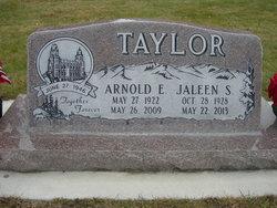 Jaleen <i>Savage</i> Taylor