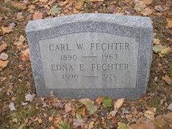 Edna E Fechter