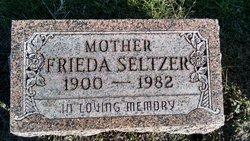 Frieda L. <i>Niederhaus</i> Seltzer