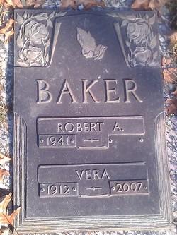 Vera <i>Teta</i> Baker