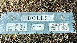 Walter Earl Boles