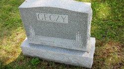 Rose Geczy