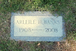 Arleile Harriet <i>Sweetser</i> Banks