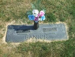 Sarah Elizabeth <i>Mulcahy</i> Banick