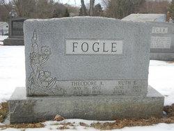 Ruth E <i>Franklin</i> Fogle