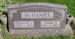 Dorothy E <i>Rodgers</i> McDaniel