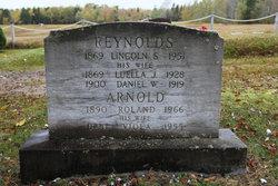 Viola M. <i>Reynolds</i> Arnold