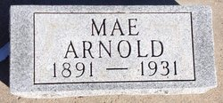 Mae Mildred <i>Garlow</i> Arnold