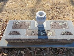 Alice <i>Hurt</i> Agee