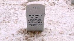 Martha J Blackledge