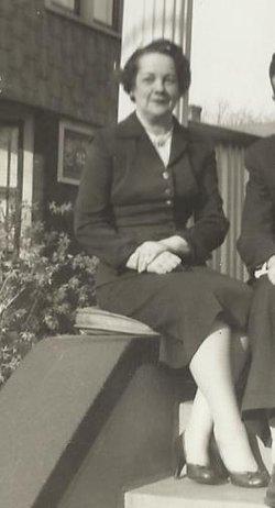 Carolyn Elizabeth <i>Swomley</i> Balkam