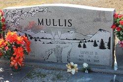 Luvelle <i>Davis</i> Mullis