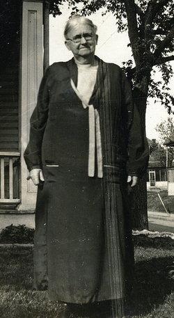 Susan Taylor <i>Daniel</i> Short