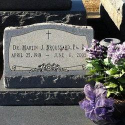Dr Martin J. Broussard