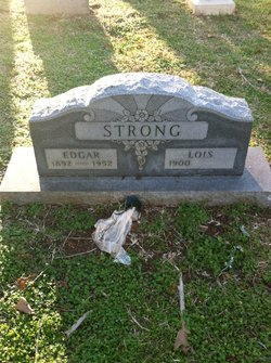 Lois <i>Weatherford</i> Strong