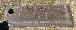 Nelle Viola <i>Humphries</i> Hoffmeyer