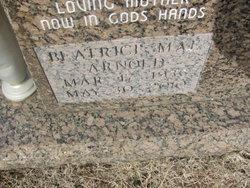 Beatrice Mae Bea <i>Harris</i> Arnold