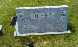 Albert D Beyer