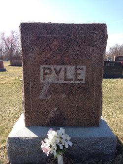 Hubert Pyle, Jr