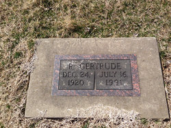 R Gertrude <i>Cozart</i> Smith