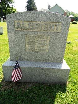 Rosanah M <i>Steiner</i> Albright