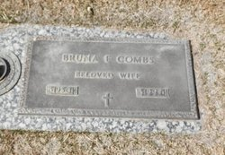 Bruna F Combs