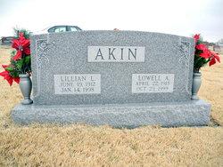 Lillian L. <i>Noellsch</i> Akin