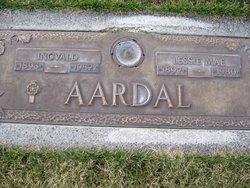 Lessie Mae Aardal