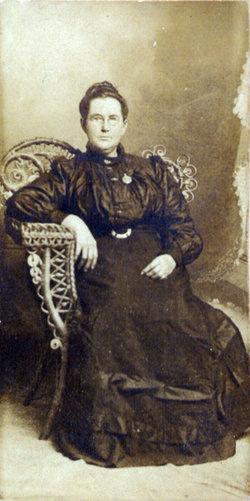Ella Pernicia <i>Tharp</i> Deaton