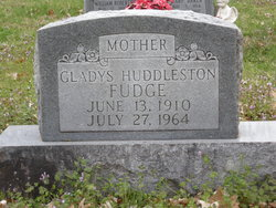 Gladys <i>Huddleston</i> Fudge