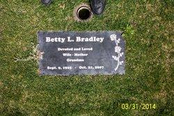 Betty L. <i>Holder</i> Bradley