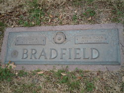 Ouida Pearl <i>Ragsdale</i> Bradfield