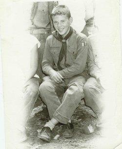 Robert E Aldinger