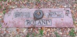 Wilma Jean <i>Curtis</i> Roland