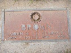 Gladys F Brown