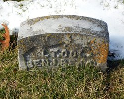 Col Benjamin Beach