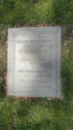 Maxson Carl Kneiding
