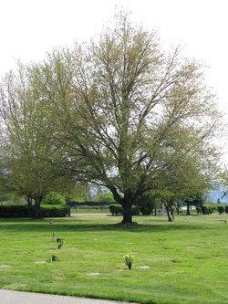 Hawthorne Memorial Gardens