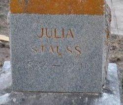 Julia <i>Spangenberg</i> Stauss