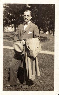 Julian Earle Earle Harris
