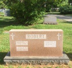 Emilie I. <i>Chalifour</i> Robert
