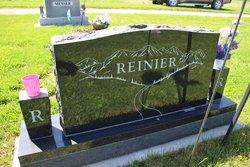 Aileen <i>Hayes</i> Reinier